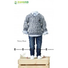 A distinctive and elegant boyish set consisting of three pieces, a sweater, pants and shirt